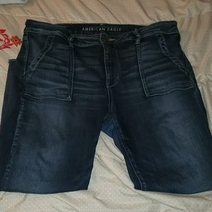 AMERICAN EAGLE SIZE 16 HIGH RISE CROP JEGGING